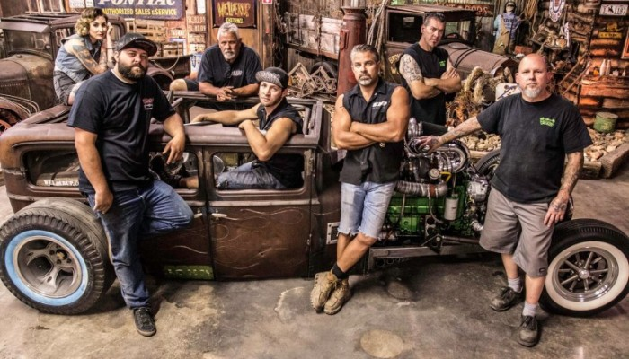 Diesel Brothers Cast >> Diesel Brothers Season 2 Episode 3 Watch Favourite Tv